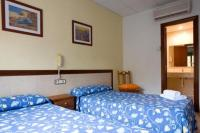 Hostal Benidorm - Bed And Breakfast, Barcelona