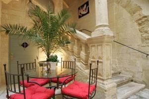 external image of New Hotel La Baume