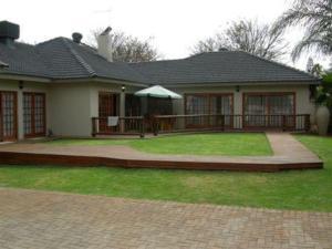 external image of Elegance Guest House