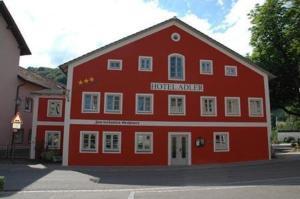 external image of Hotel Adler / Gasthof Zum verk...
