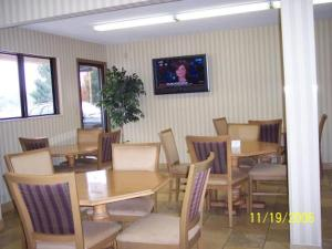Restaurant Image ofAmericas Best Value Inn-Columbus/West