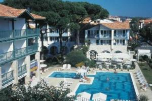 external image of Hotel Ibaia Serge Blanco