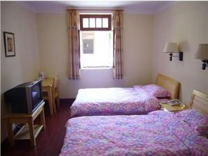 Room Image  1ofQingdao Beach Castle Hotel