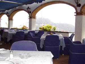 external image of Hotel Salambina