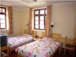 Room Image  6ofQingdao Beach Castle Hotel