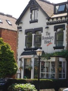 The Boundary Hotel   B&B