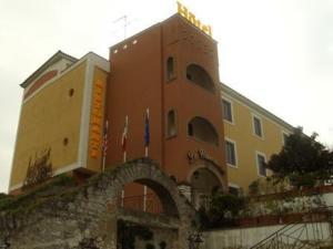 external image of Hotel Ristorante Le Camene