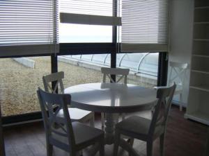 Room Image  2ofCap Corniche