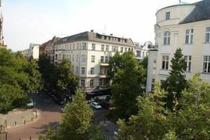 external image of Am Kurfürstendamm