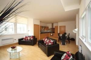 L3 Living @ The Tower Building - Apartment, Liverpool