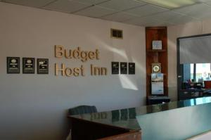 external image of Budget Host Inn