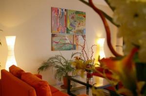 external image of Apartamentos Lux Sevilla