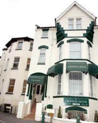 Photo of Croydon Hotel