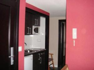 alquiler apartaestudios medellin colombia