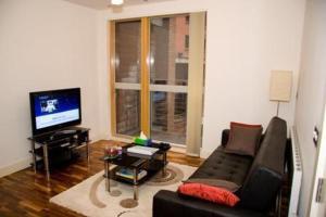 Photo of Medlock Apartments @ Whitworth Street.