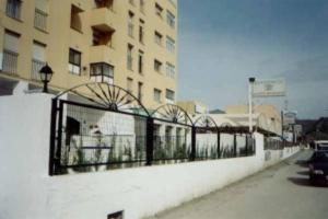 external image of Student Residence Jacinto Bena...