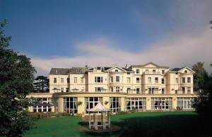 Photo of Cheltenham Park Hotel
