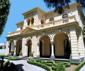 external image of Hotel Charsfield Melbourne