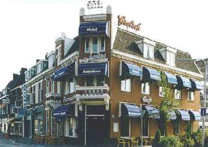external image of Hotel Amadeus
