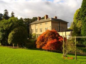 Photo of Woodborough Hall