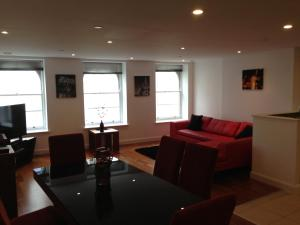 Photo of Penthouse Serviced Apartment @ David Morgan