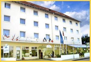 external image of Albatros Airport Hotel