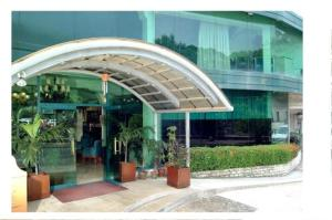 external image of The Garden Plaza Hotel & Suites