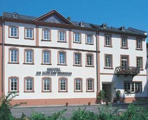 external image of Hotel Am Schloss Biebrich