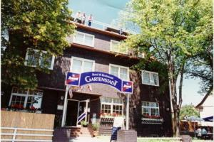 external image of Hotel and Restaurant Gartensta...