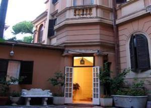 external image of Hotel Siviglia