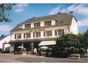 external image of Hotel Restaurant Des Ardennes