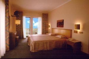 external image of Hotel Isidro
