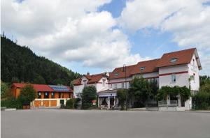 Hotel Restaurant Des Lacs - Logis de France