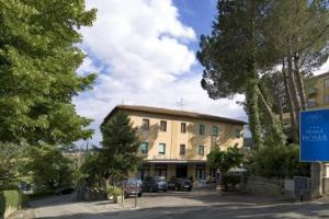 external image of Hotel Roma