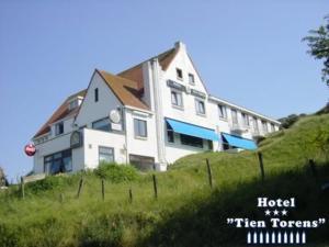 external image of Hotel Tien Torens