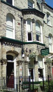 Minster View Guest House Hotel