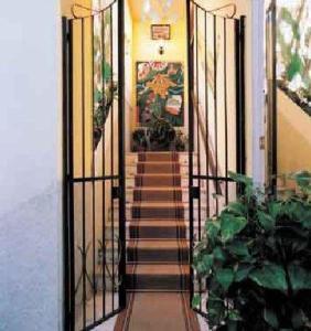 external image of Hotel Sicilia