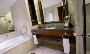 Room Image  1ofPlaza Athenee Bangkok, A Royal Meridien Hotel