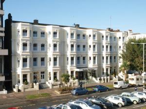 Photo of Haddon Hall Hotel