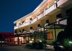 external image of Hotel Solfatara