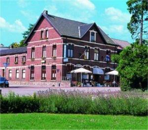 external image of Hotel Restaurant Oud Schin