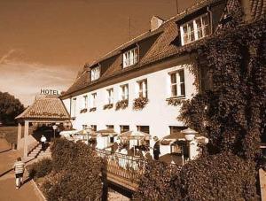 external image of Hotel ?u?awy