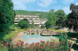 external image of Touring Hotel & Restaurant