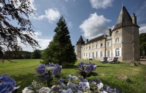 Le Chateau Du Creuset