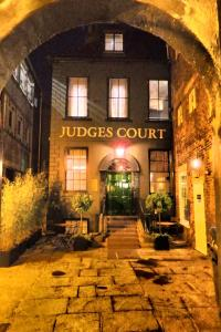 Photo of Judges Court