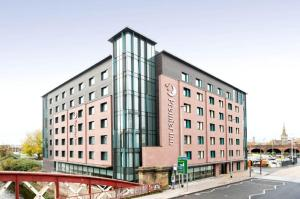 Photo of Premier Inn Manchester Salford Central