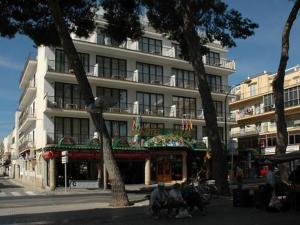 external image of Hotel Balear