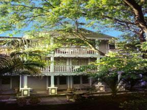 external image of Hotel La Maison Blanche
