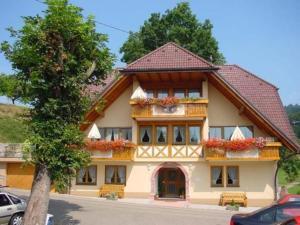 external image of Landgasthof Adler Pelzmühle