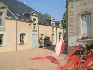 external image of Le Chai De La Paleine